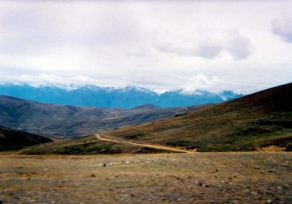 Cordillera Negra vs Cordillera Blanca