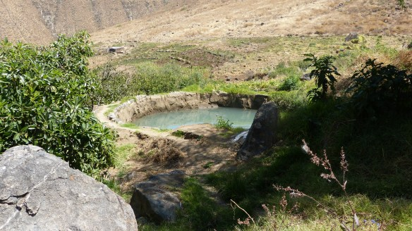 Reservorio parcelario ubicado en la cuenca media de Chancay-Huaral