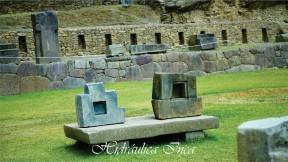 Se aprecia el simbolo sagrado de la Chakana